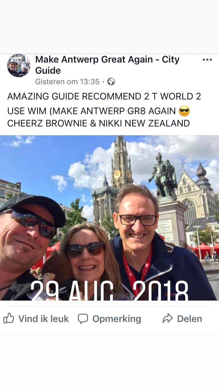 review on Facebook with New Zealand tourists in Antwerp